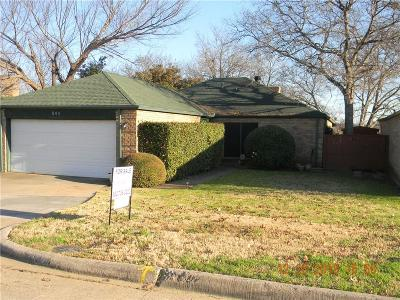 Grand Prairie Single Family Home For Sale: 845 Country Club Place #510