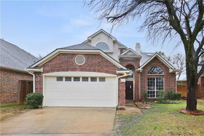 Euless Single Family Home For Sale: 342 Arbor Court