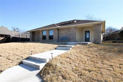 Dallas County, Denton County Single Family Home For Sale: 2738 Spyglass Court
