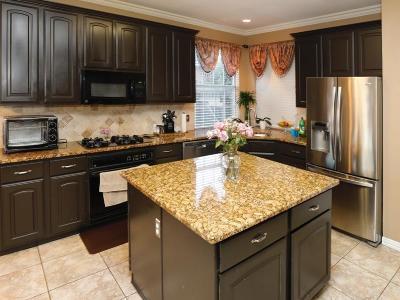Rowlett Single Family Home For Sale: 2705 Roughleaf Lane