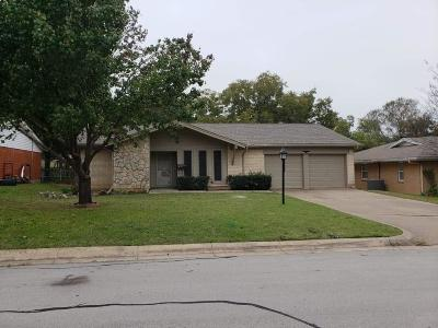 North Richland Hills Single Family Home For Sale: 7520 Maple Drive