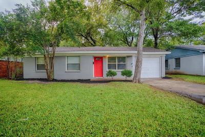 Farmers Branch Single Family Home For Sale: 13715 Stardust Lane