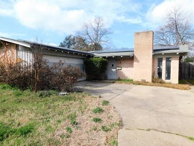 Single Family Home For Sale: 3039 Satsuma Drive