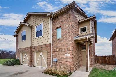 Tarrant County Multi Family Home For Sale: 8400 Jay Street