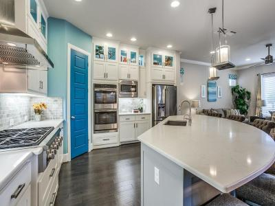 Single Family Home For Sale: 8672 Thorbrush Place