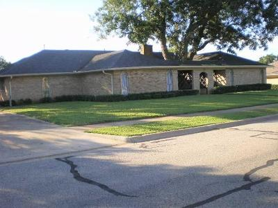 Sherman Single Family Home For Sale: 1530 Crescent Drive