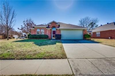 Lake Dallas Single Family Home For Sale: 312 Scarlet Oak Drive