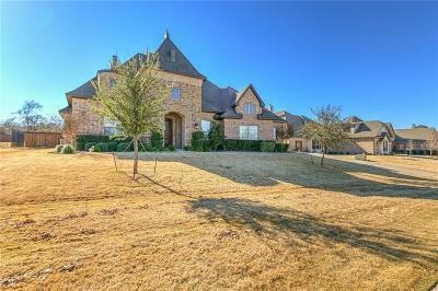 Burleson Single Family Home For Sale: 717 Falls Creek Court