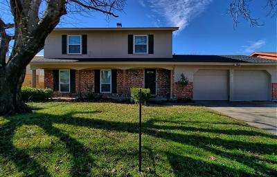 Watauga Single Family Home For Sale: 6805 Bennington Drive
