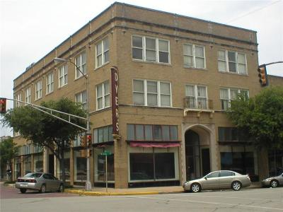 Angus, Barry, Blooming Grove, Chatfield, Corsicana, Dawson, Emhouse, Eureka, Frost, Hubbard, Kerens, Mildred, Navarro, No City, Powell, Purdon, Rice, Richland, Streetman, Wortham Commercial For Sale: 124 W Collin Street W