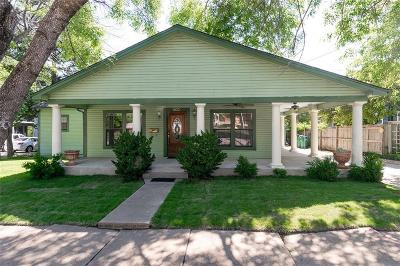 Single Family Home For Sale: 802 N College Street