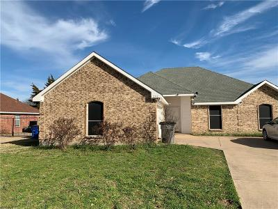 Red Oak Single Family Home Active Option Contract: 257 Cobblestone Circle