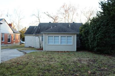 Single Family Home Active Option Contract: 6447 Kenwood Avenue