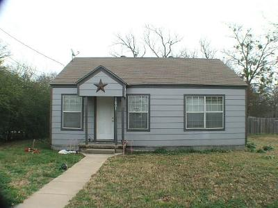 Weatherford Single Family Home Active Option Contract: 601 S Rusk Street