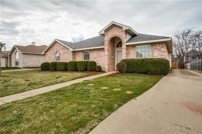 Cedar Hill Single Family Home For Sale: 1265 Old Oak Drive