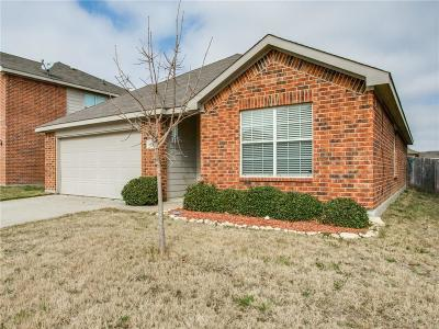 Fort Worth Single Family Home For Sale: 10544 Winding Passage Way