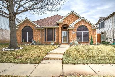 Lewisville Single Family Home For Sale: 1109 Courtney Lane