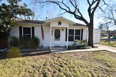 Stephenville Single Family Home Active Option Contract: 1040 W Elm Street