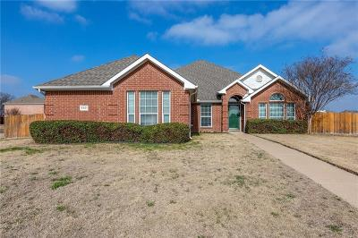 Midlothian Single Family Home For Sale: 6401 Hill Valley Court