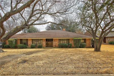 Benbrook Single Family Home For Sale: 4379 Capra Way