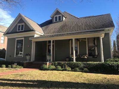 Dallas County Single Family Home For Sale: 2700 Hibernia Street