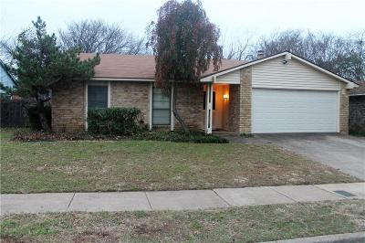 Fort Worth Single Family Home For Sale: 7620 Woodfield Road