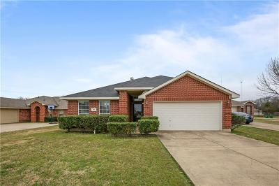 Cedar Hill Single Family Home For Sale: 901 Cedar Ridge Drive