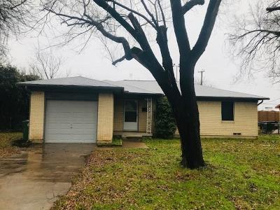 North Richland Hills Residential Lease For Lease: 4908 Nancy Lane