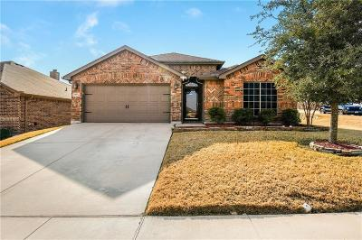 White Settlement Single Family Home Active Option Contract: 9117 Barbara Drive