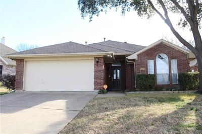 Grand Prairie Single Family Home For Sale: 3922 Silver Meadow Lane