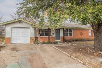 Haltom City Single Family Home For Sale: 5305 Stanley Keller Road