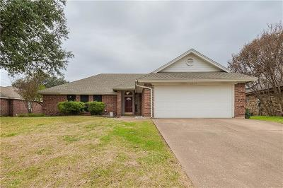 North Richland Hills Single Family Home Active Option Contract: 6837 Hadley Drive
