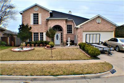 Grand Prairie Single Family Home For Sale: 2714 Red Oak Drive