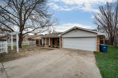 Seagoville Single Family Home For Sale: 505 S Kaufman Street