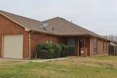 Tarrant County Multi Family Home Active Contingent: 1700 Lady Rachael Court