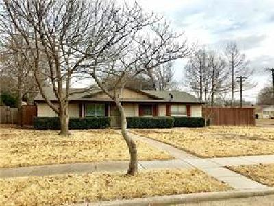 Richardson Single Family Home For Sale: 110 N Briarcrest Drive