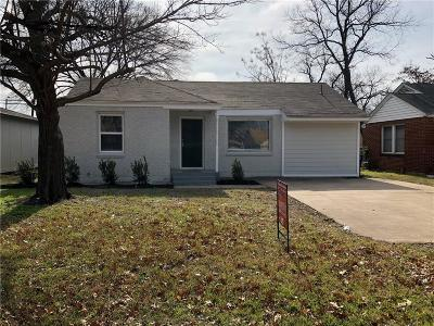 Fort Worth Single Family Home For Sale: 2617 W Bewick Street