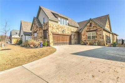Granbury Single Family Home For Sale: 902 Waterpoint Court E
