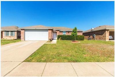 Burleson Single Family Home For Sale: 1420 Blazing Star Trail