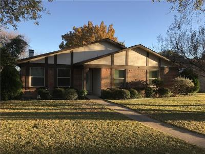 Garland Single Family Home For Sale: 614 Edgemere Drive