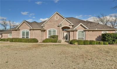 Granbury Single Family Home For Sale: 9705 Divot Drive N
