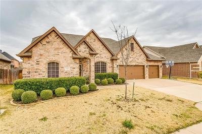 Burleson Single Family Home For Sale: 1135 Clairemont Lane