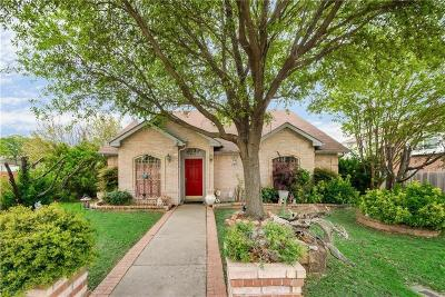 Lewisville Single Family Home For Sale: 1400 Saint Gallen Lane
