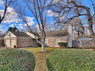 Hurst, Euless, Bedford Single Family Home Active Option Contract: 2311 Holly Drive