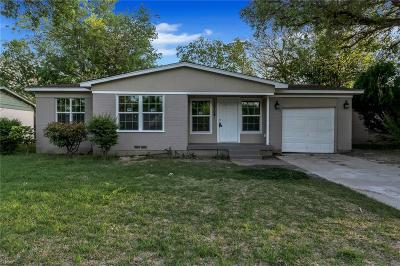 Single Family Home For Sale: 10704 Cotillion Drive