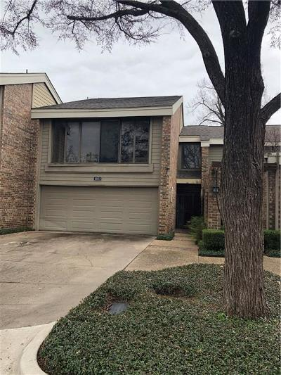 Townhouse Active Option Contract: 6822 E Northwest Highway