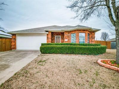 Rowlett Single Family Home For Sale: 7009 Travelers Crossing