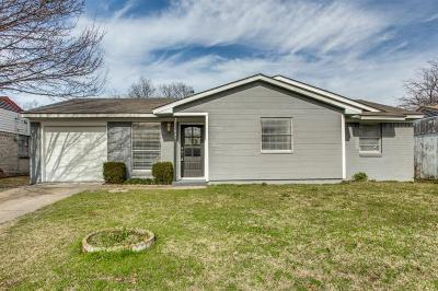 Duncanville Single Family Home Active Option Contract: 531 Trail Ridge Drive