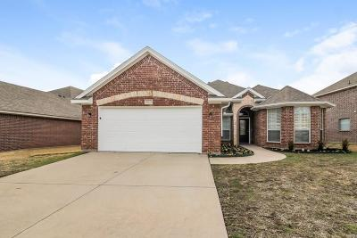 Benbrook Single Family Home For Sale: 8445 Arroyo Lane