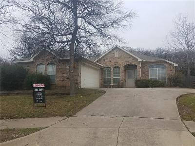 North Richland Hills Single Family Home Active Option Contract: 7113 Stephanie Court